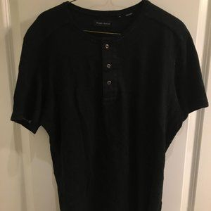 Mens Wings and Horns button cotton tee in Large